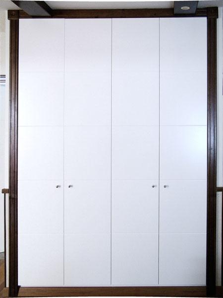 Carpinter a tenerife muebles cocinas armarios for Armarios empotrados blancos
